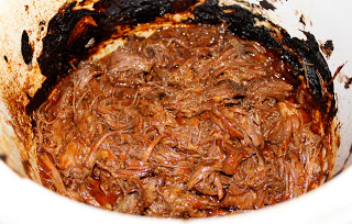 Easy Crockpot Shredded Beef Tacos