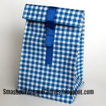 Oil Cloth Lunch Bag with Closure