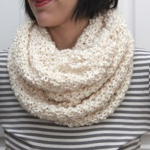 The Runaround Knit Cowl-FREE PATTERN