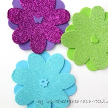 Easy 3-Step Glitter Hair Clips-TUTORIAL
