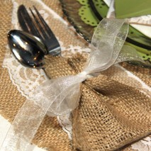 Burlap Silverware Pouches-TUTORIAL