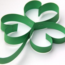 TUTORIAL: How to Make Paper Cloverleafs