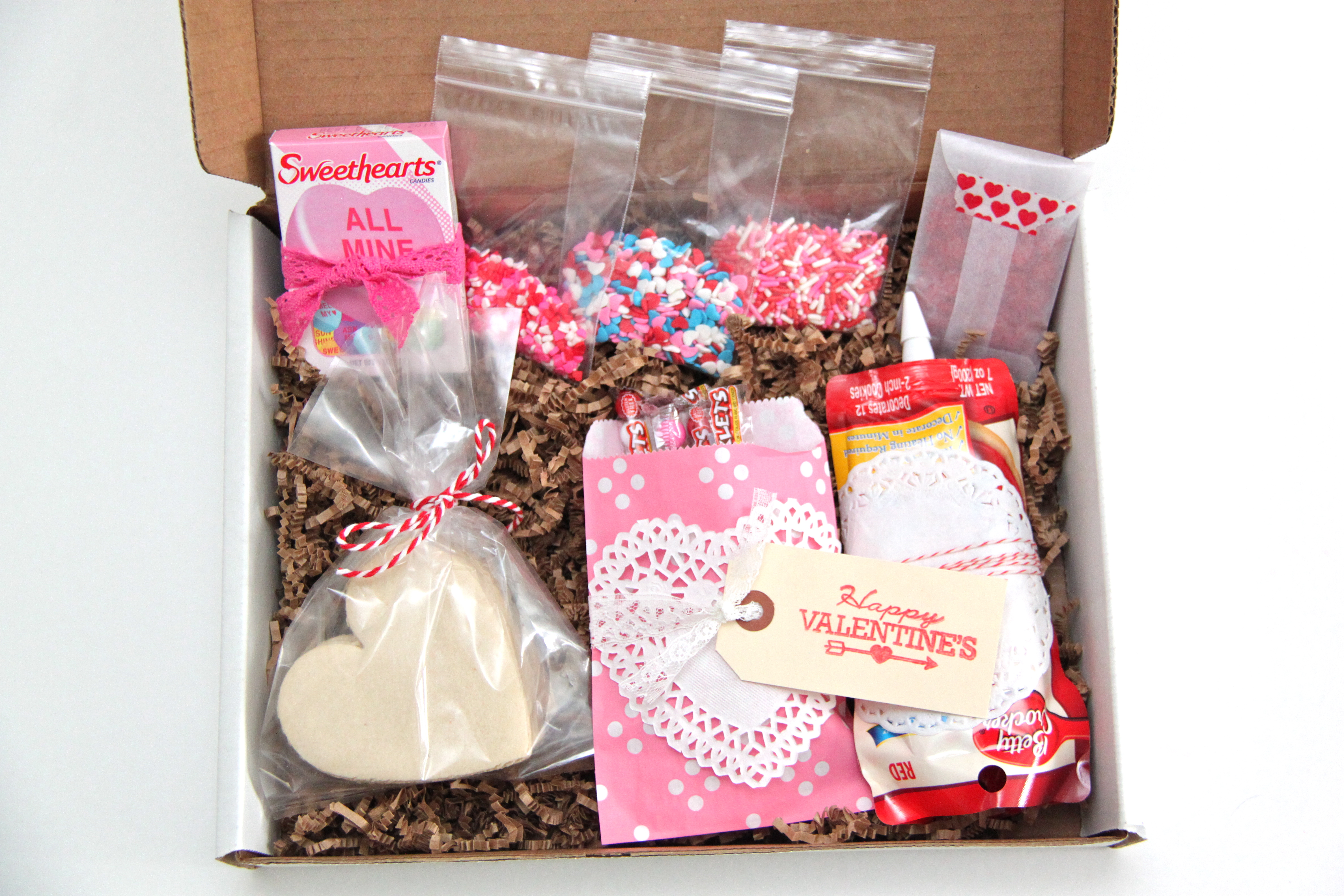 decorate a valentines cookie in a box kit