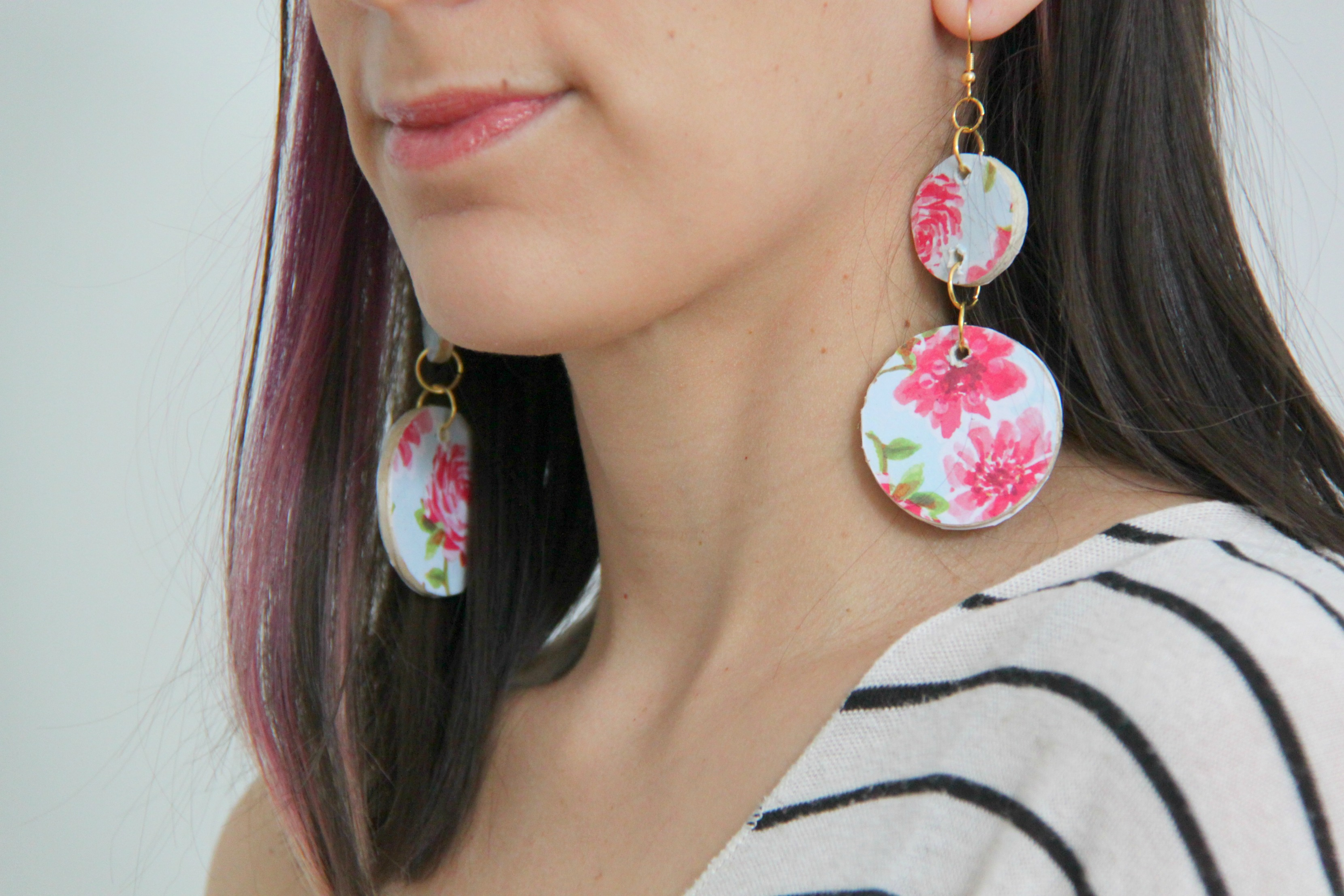 How To Make Floral Wooden Circle Earrings Smashed Peas Carrots