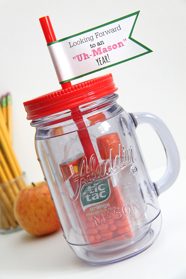 You searched for: mason jar gift set. Good news! Etsy has thousands of handcrafted and vintage products that perfectly fit what you're searching for. Discover all the extraordinary items our community of craftspeople have to offer and find the perfect gift for your loved one (or yourself!) today.