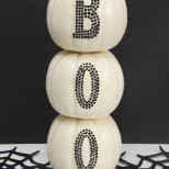 Super cute and easy to make Boo-tiful Stacked Pumpkin Tutorial. I really love this! #trickyourpumpkin