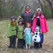 Super cute handmade family costumes from the movie Frozen. Those troll costumes are amazing!