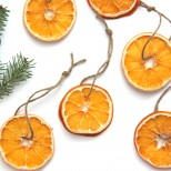 How to make dried oranges. Great for gift wrapping.