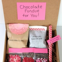 Gift Idea: Valentine's Day Fondue Kit