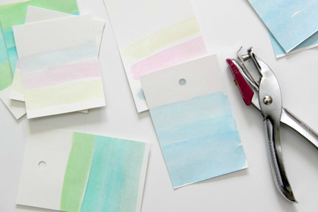 DIY: How to Make Watercolor Gift Tags // Smashed Peas and Carrots