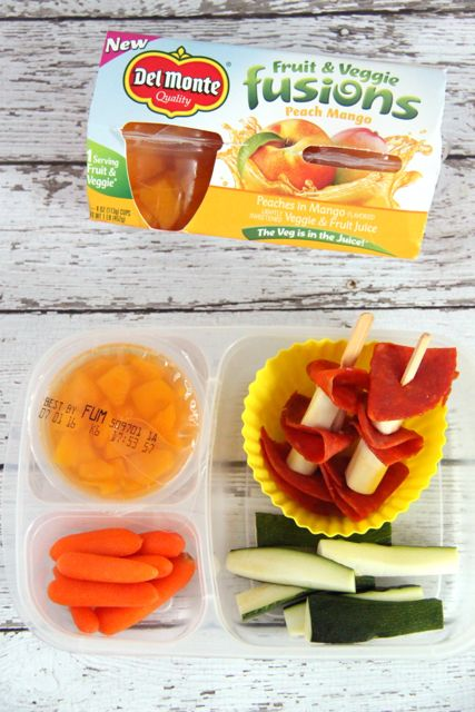 Easy and Healthy Bento Lunch Ideas // SmashedPeasandCarrots.com