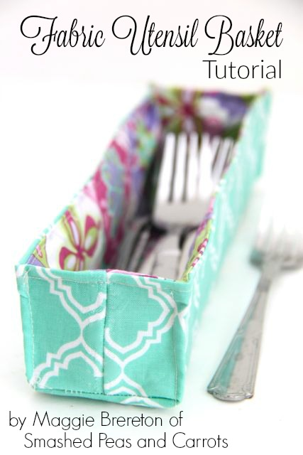 Easy Fabric Utensil Basket Tutorial // SmashedPeasandCarrots.com