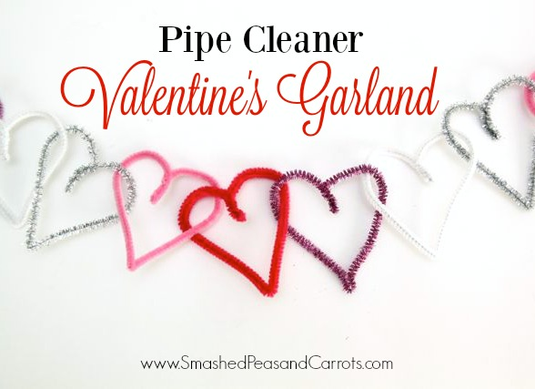 Pipe Cleaner Valentine's Garland…sooo cute and easy! // SmashedPeasandCarrots.com