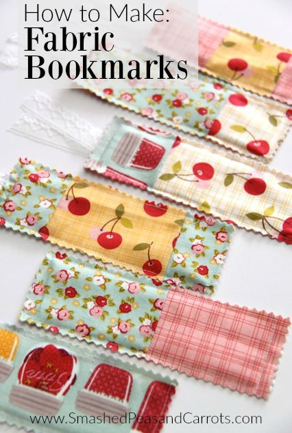 How to Make Fabric Bookmarks // SmashedPeasandCarrots.com