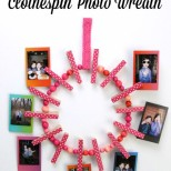 How to make a Clothespin Photo Wreath // SmashedPeasandCarrots.com