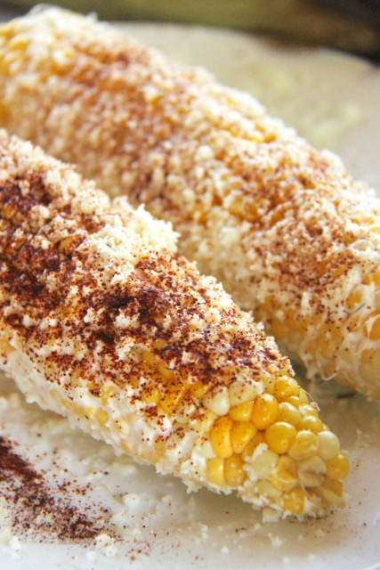 http://smashedpeasandcarrots.com/wp-content/uploads/2016/06/How-to-Make-Elote2.jpg