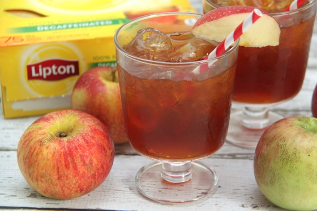 Autumn Apple Tea Recipe // SmashedPeasandCarrots.com