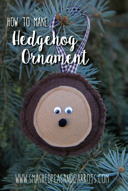 Easy Felt Hedgehog Ornament // SmashedPeasandCarrots.com