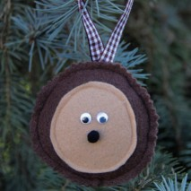 Felt Hedgehog Ornament Tutorial