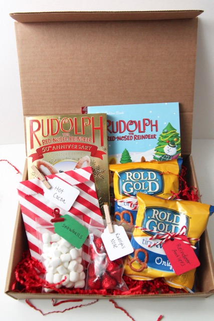 http://smashedpeasandcarrots.com/wp-content/uploads/2016/12/Rudolph-the-Red-Nosed-Reindeer-Family-Movie-Night-Gift5.jpg