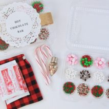Easy Hot Chocolate Bar Gift Idea