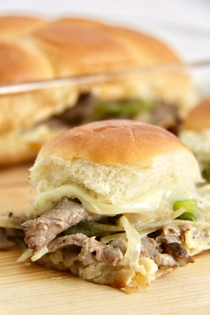 http://smashedpeasandcarrots.com/wp-content/uploads/2017/03/Cheesesteak-Sliders-Recipe.jpg