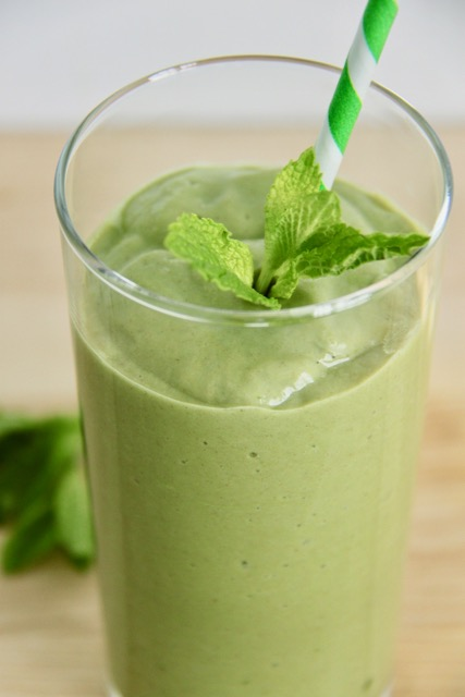 Paleo and Vegan Shamrock Smoothie