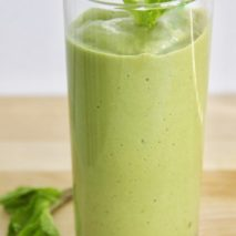 The Best Paleo and Vegan Shamrock Smoothie You'll Ever Have