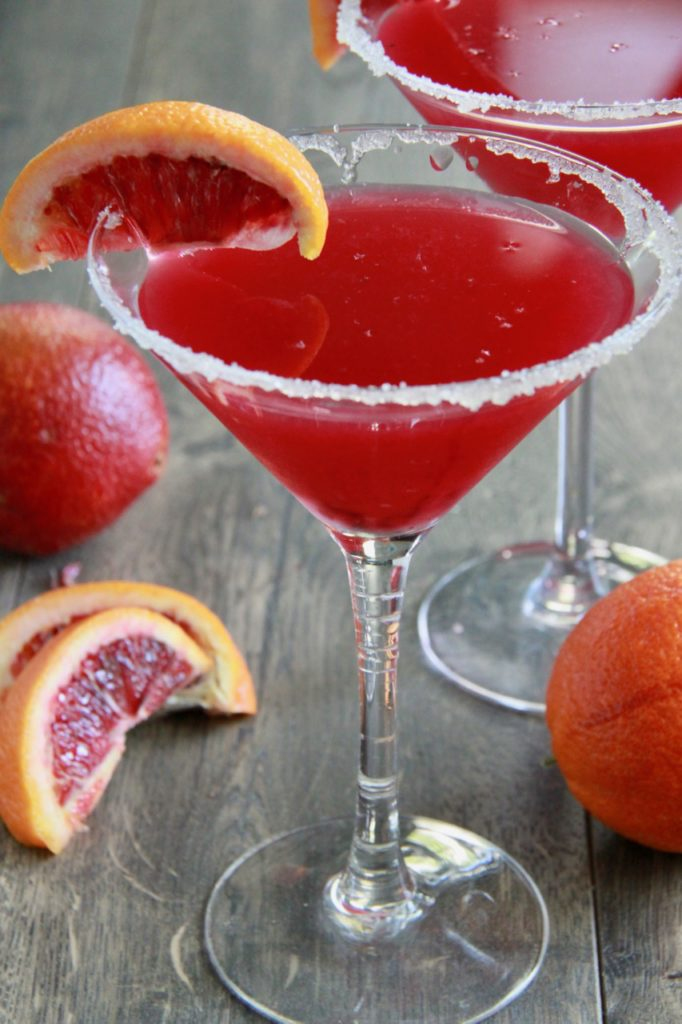 http://smashedpeasandcarrots.com/wp-content/uploads/2018/05/Blood-Orange-Margaritas8-682x1024.jpg