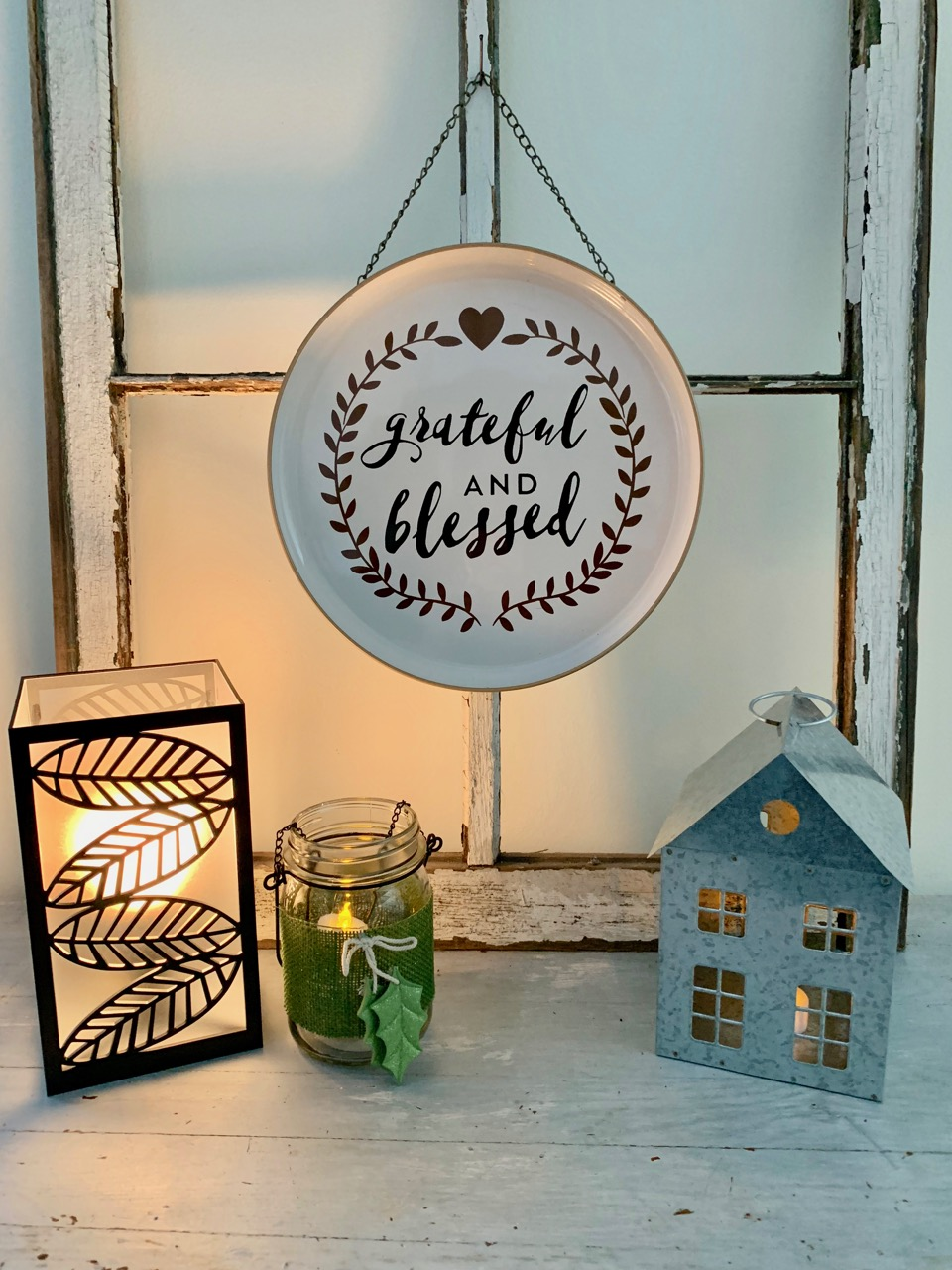 Holiday Decorating With Dollar General